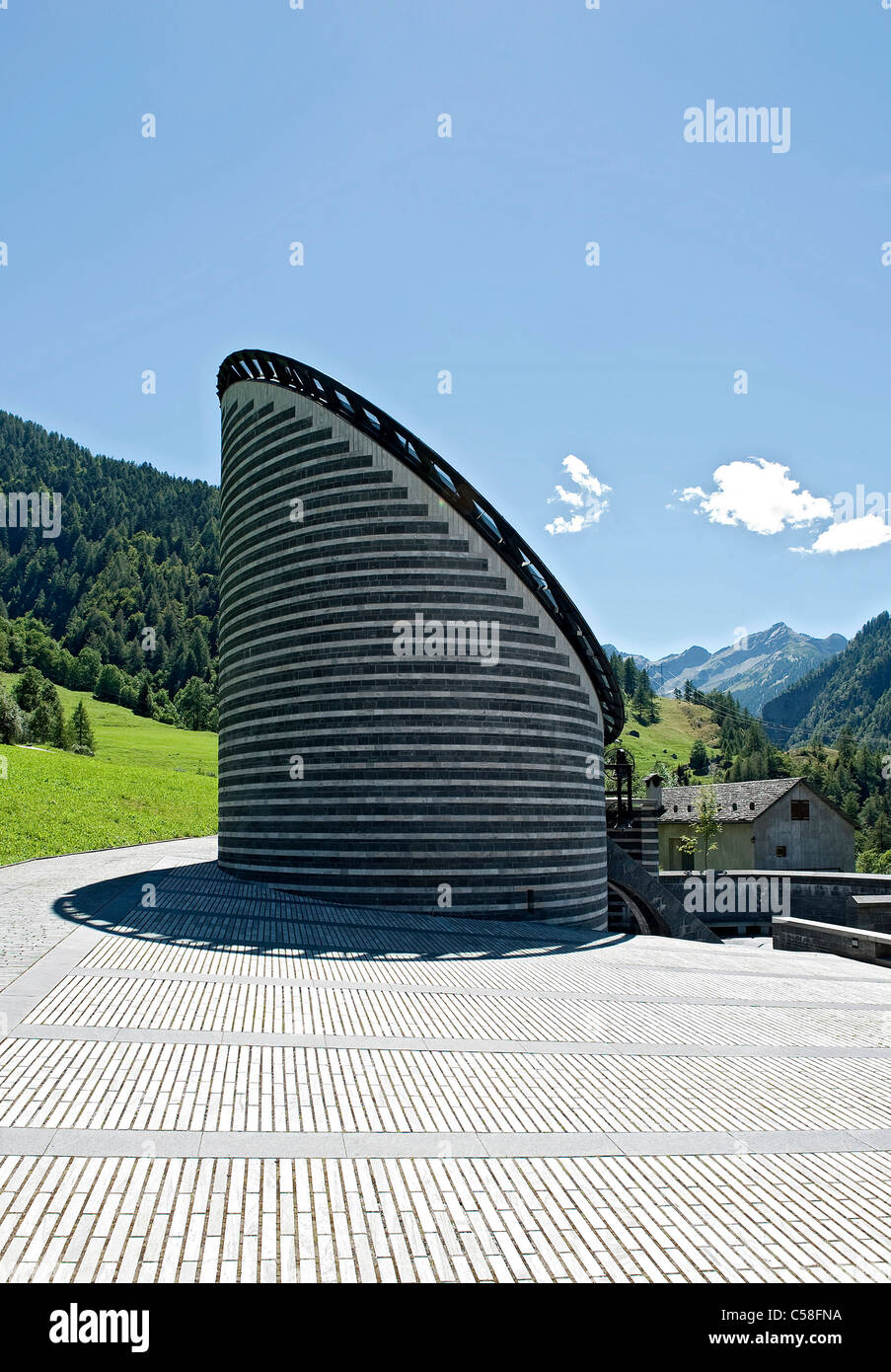Suiza, Ticino, Mogno, iglesia, Mario Botta, la arquitectura Foto de stock