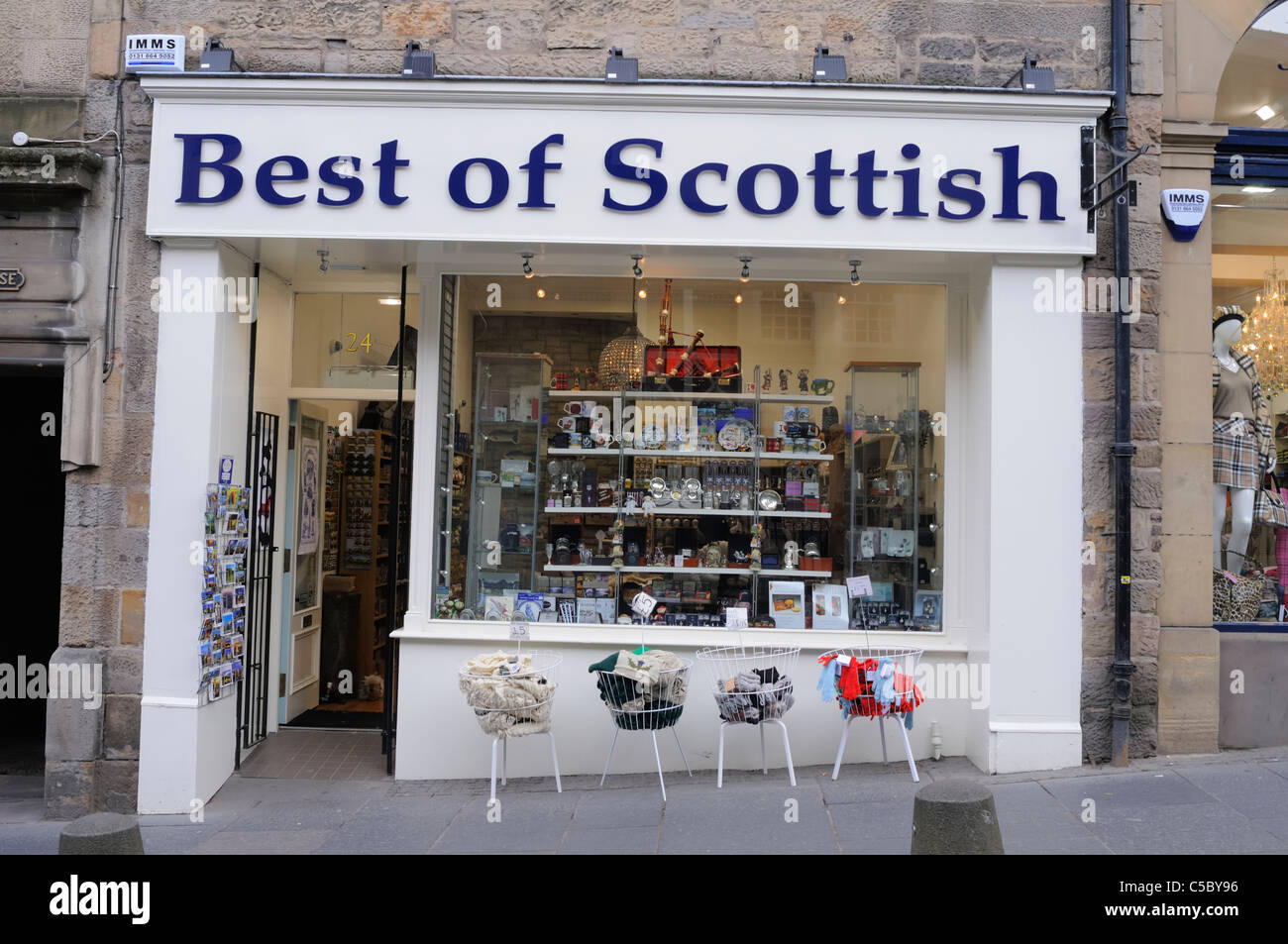 La mejor tienda de souvenirs de escoceses en la Royal Mile de Edimburgo 5e760554e9c