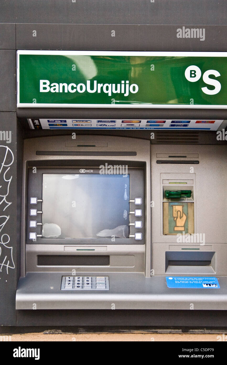 Spain la caixa im genes de stock spain la caixa fotos de stock alamy - Banco sabadell oficina central ...