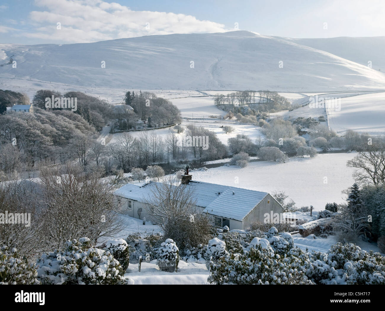 Yarrow agua en pleno invierno - Scottish Borders Imagen De Stock