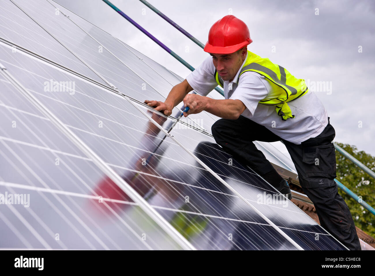 Instalación solar en el REINO UNIDO Imagen De Stock