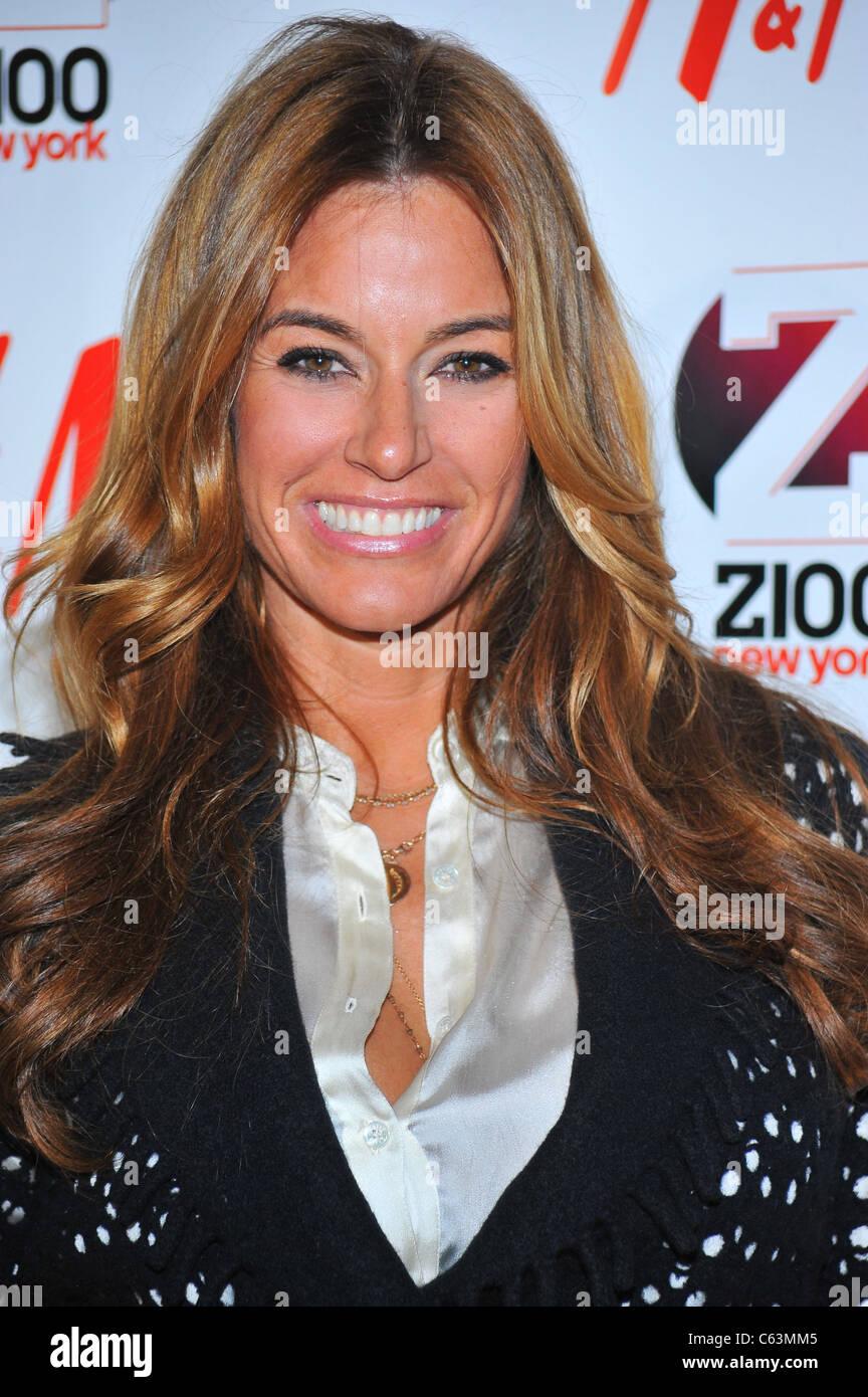 Kelly Bensimon En La Asistencia Para El Z100 Jingle Ball 2010 Presentado Por Hm Madison
