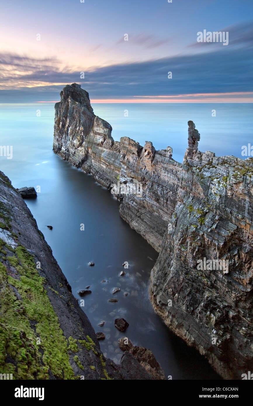 El Yunque -Tory Island, Co. Donegal Irlanda. Imagen De Stock