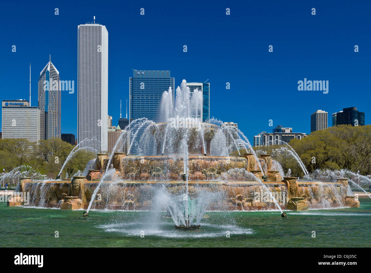 El Clarence Buckingham Fountain Memorial en Lakeshore Dr. en Chicago, Illinois, EE.UU. Imagen De Stock
