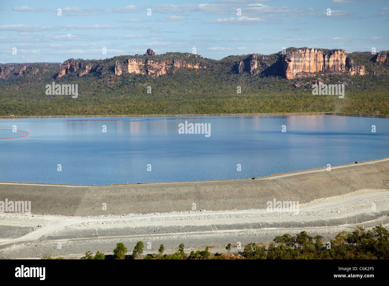 Presa de relaves mina de uranio ranger parque nacional for Design of evaporation pond