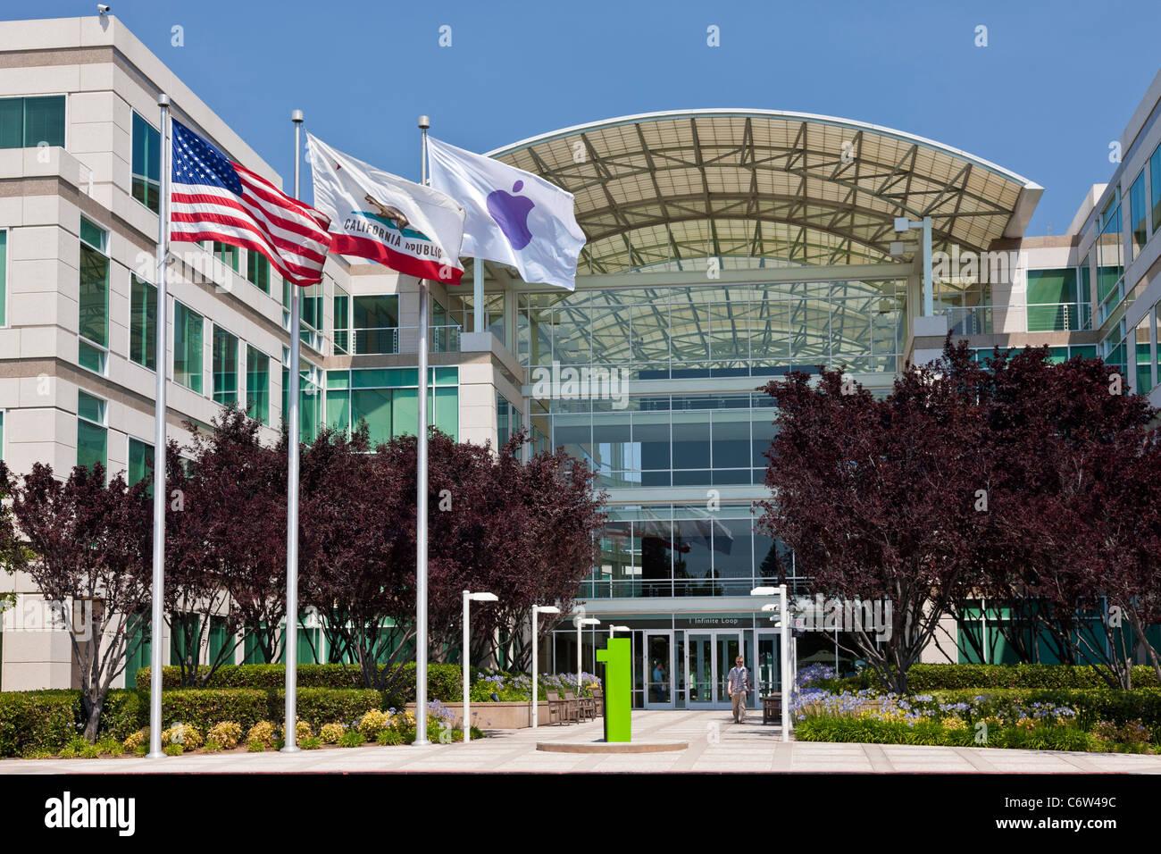 Apple incorporado en la sede corporativa de 1-6 Infinite Loop, Cupertino, California, EE.UU. JMH5189 Foto de stock