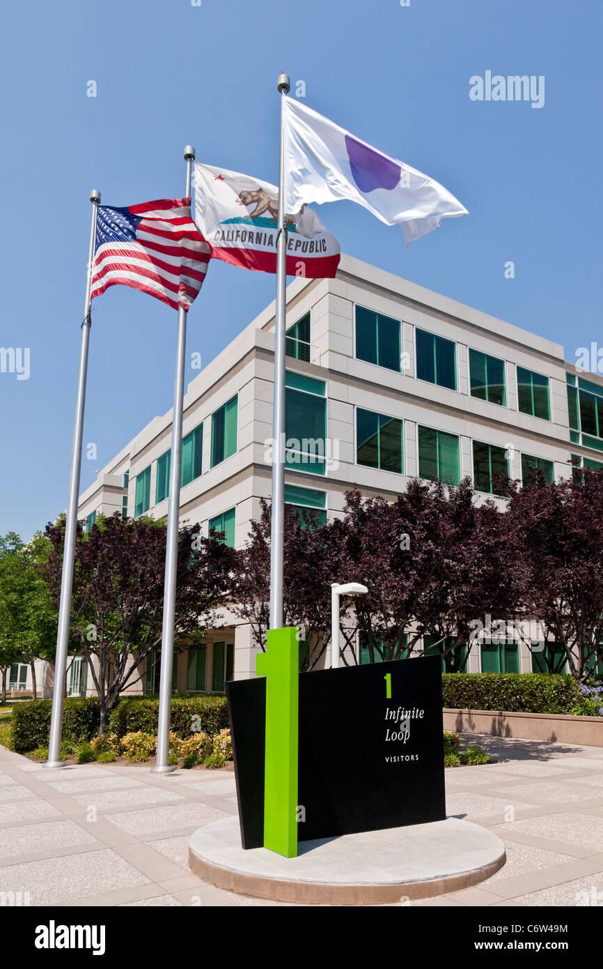 Apple incorporado en la sede corporativa de 1-6 Infinite Loop, Cupertino, California, EE.UU. JMH5190 Foto de stock