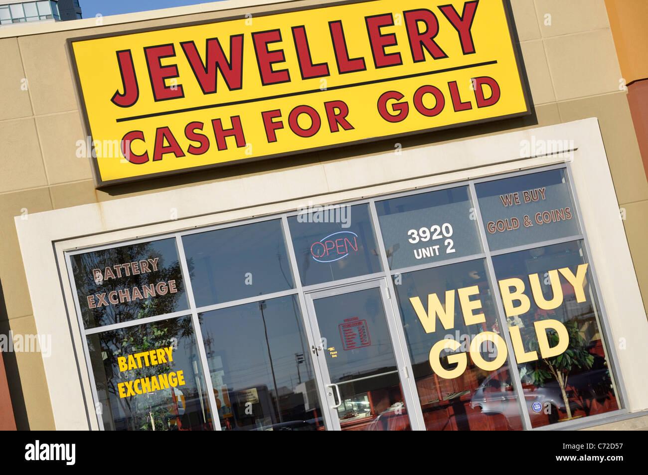 Oro metálico para firmar en la entrada frontal de la tienda Imagen De Stock
