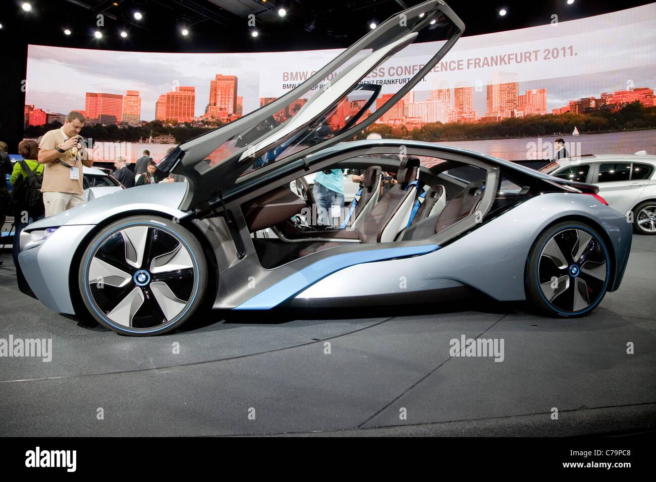 Nuevo BMW i8 concept eléctrico Caron el IAA 2011 Salón Internacional del Automóvil de Frankfurt am Imagen De Stock