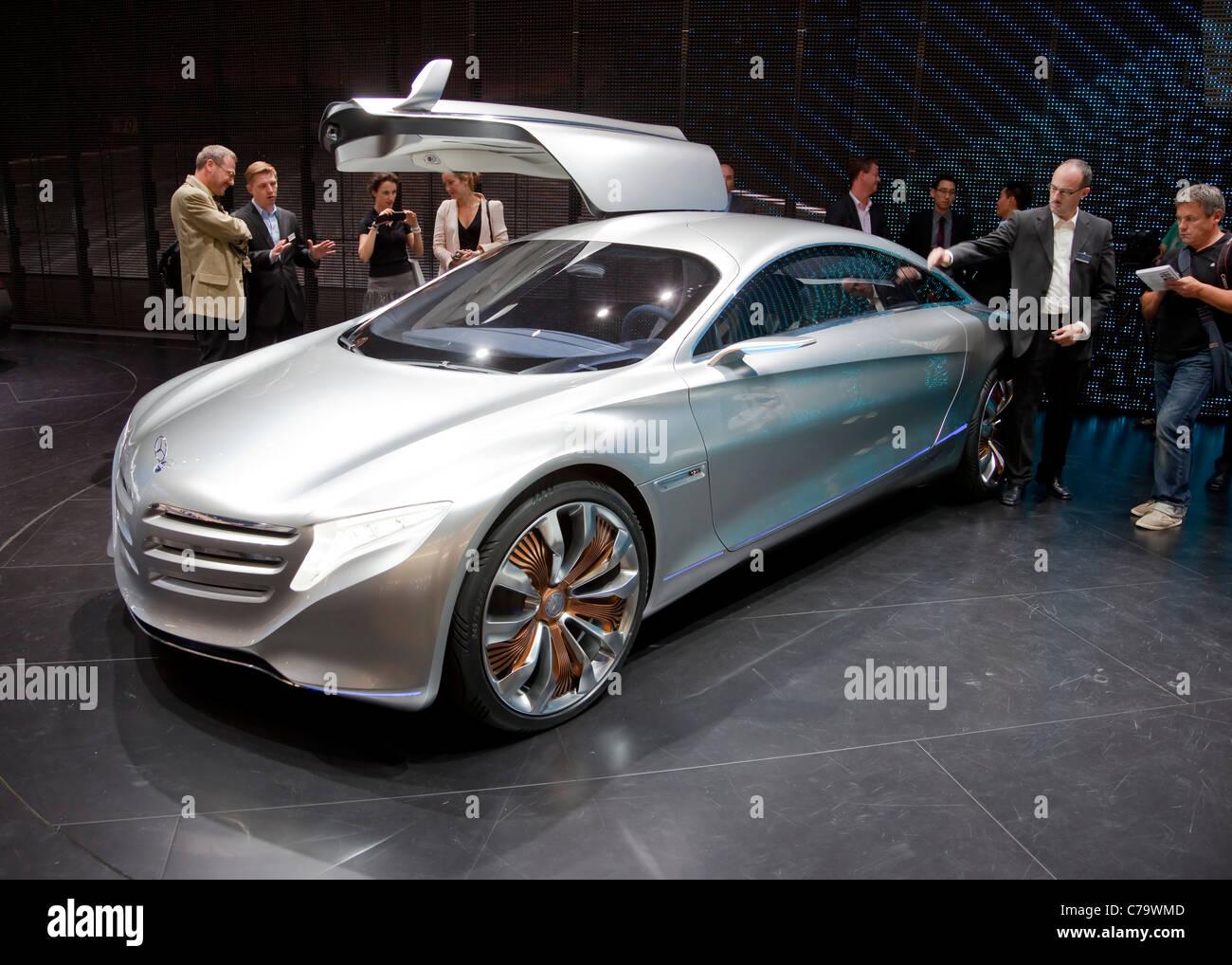 Nuevo Concept Car Mercedes Benz F125 en el IAA 2011 Salón Internacional del Automóvil de Frankfurt, Alemania Imagen De Stock