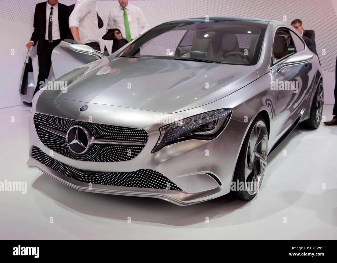 Nuevo Mercedes Benz Clase-un concepto sobre el IAA 2011 Salón Internacional del Automóvil de Frankfurt Imagen De Stock