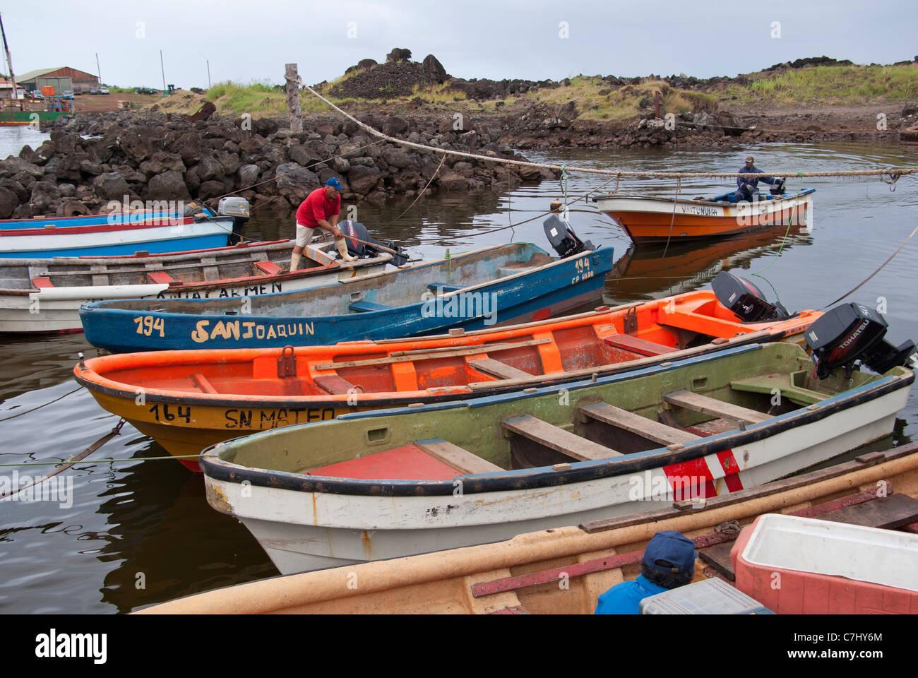 Fisherman Tie Boat Imágenes De Stock & Fisherman Tie Boat Fotos De ...