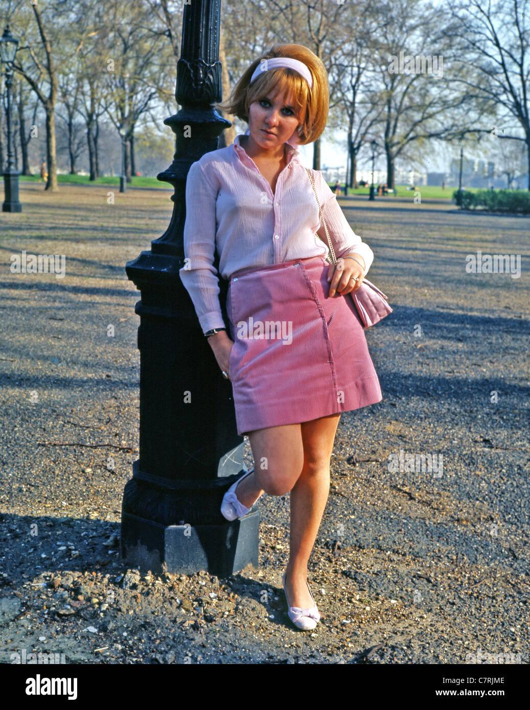 La cantante escocesa LULU en 1965 Imagen De Stock