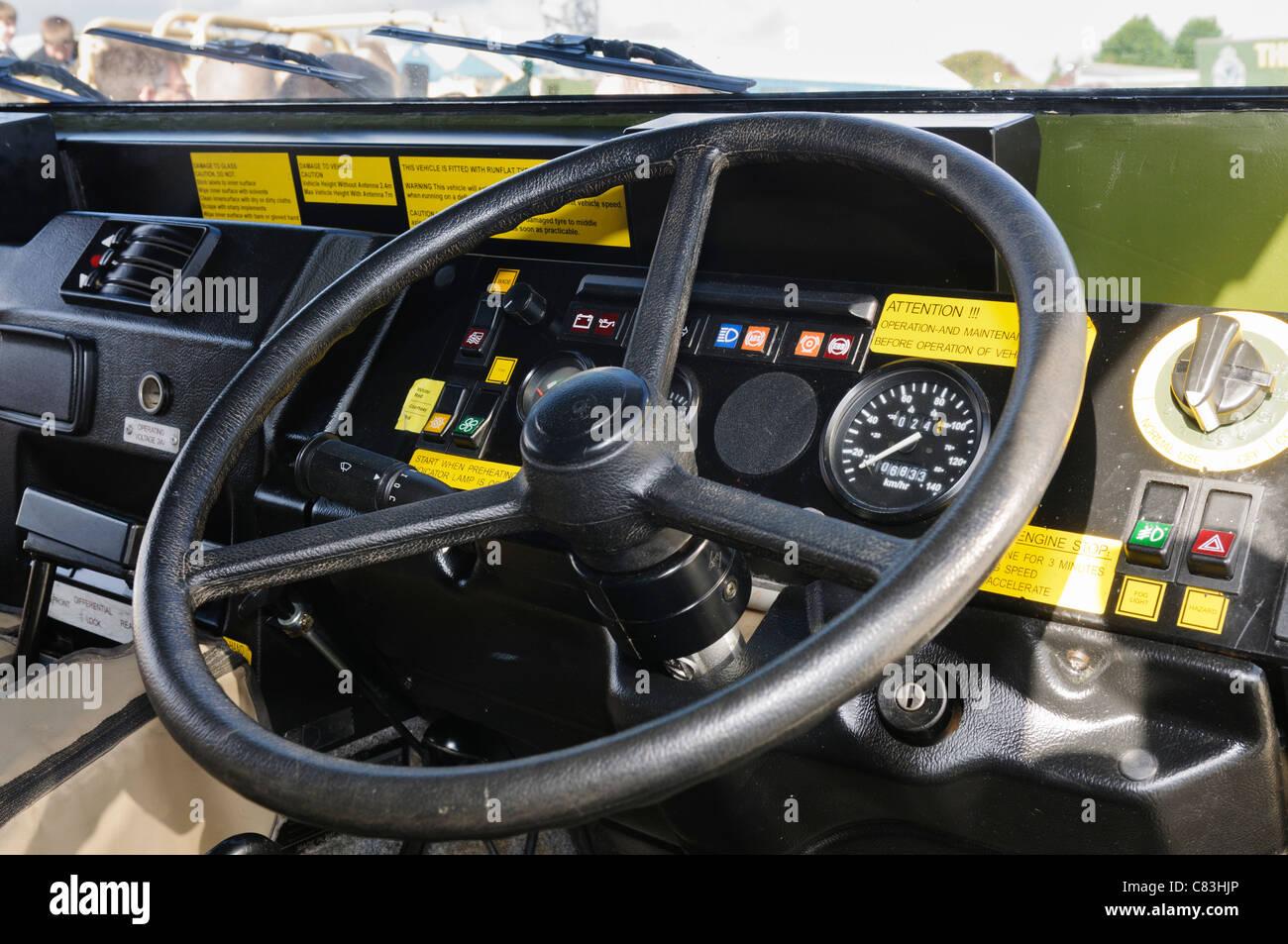 En el interior de un vehículo blindado de transporte de personal de vectores Imagen De Stock