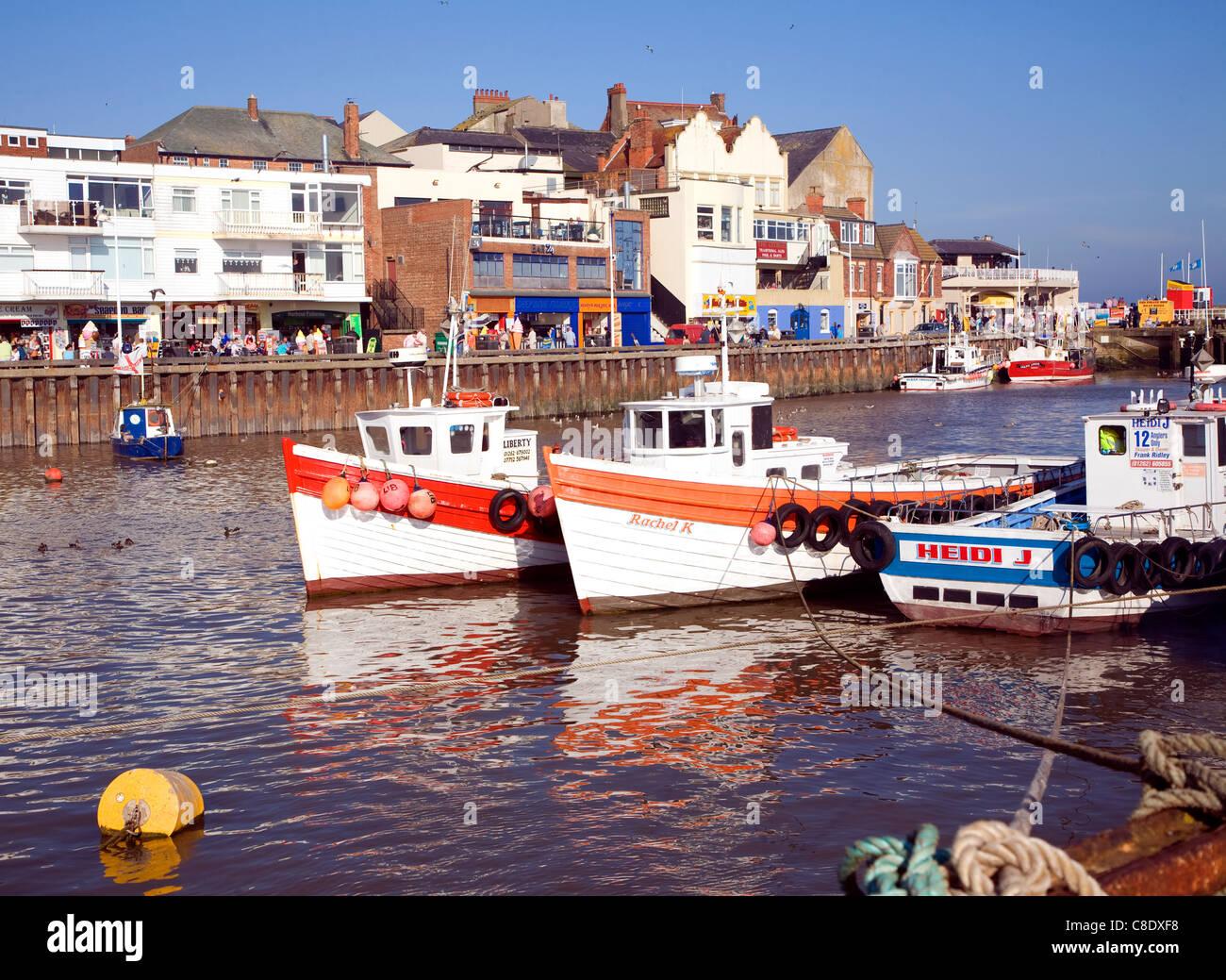 Los barcos de pesca en el puerto en Bridlington, Yorkshire, Inglaterra Foto de stock
