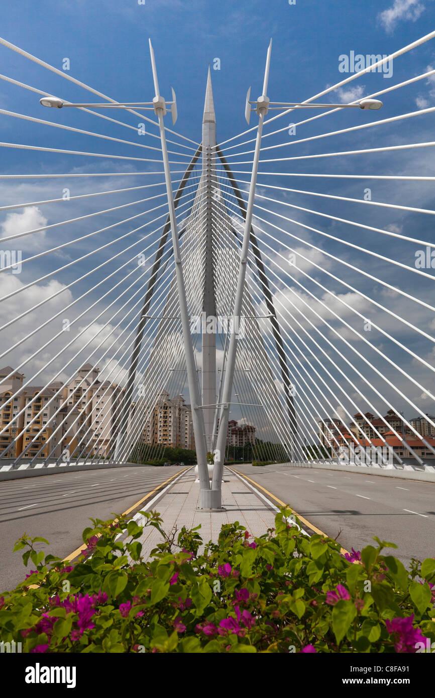 Malasia, Asia, cerca, cerca de Kuala Lumpur, Putrajaya, Seri Wawasan puente, puente, Molder, calle, arquitectura Imagen De Stock