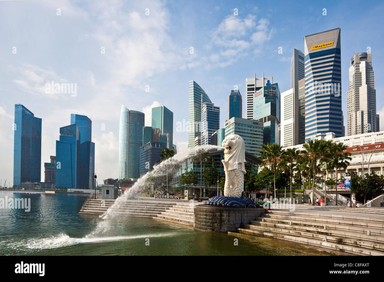 Singapur, Asia, Merlion, Landmark, león, sirena, escultura, agua vomitar, escupir, banco promenade, escalera, Imagen De Stock