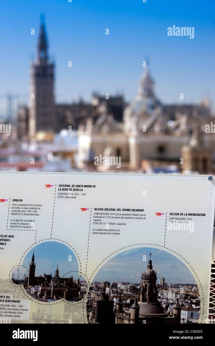 Junta de información en la parte superior de Metropol Parasol, Sevilla, España Imagen De Stock