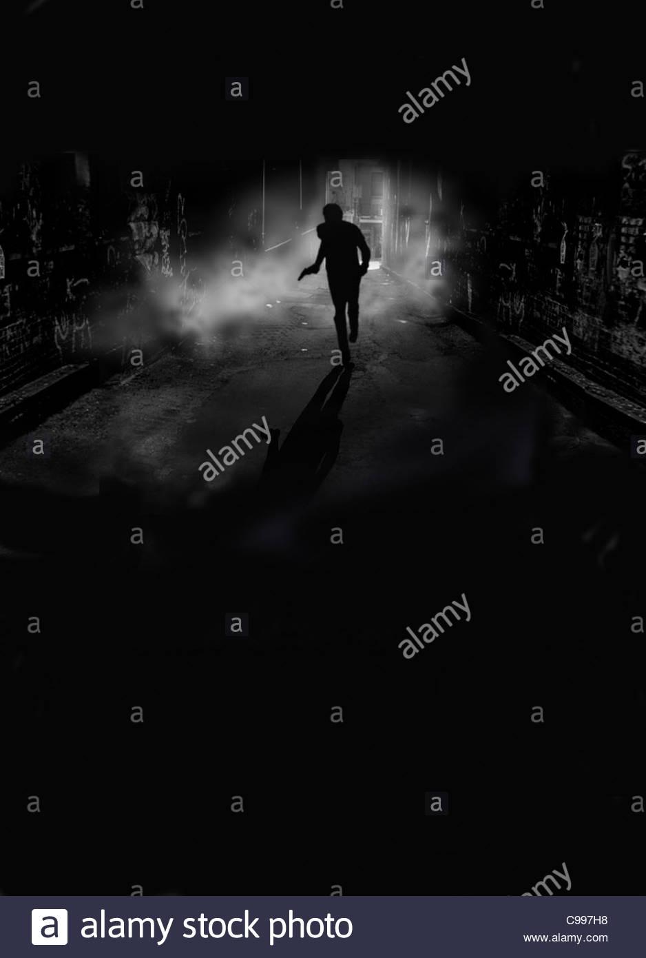 Escapar de noche oscuridad pistola hombre escapar flchten volar corta noche noche nightl Imagen De Stock