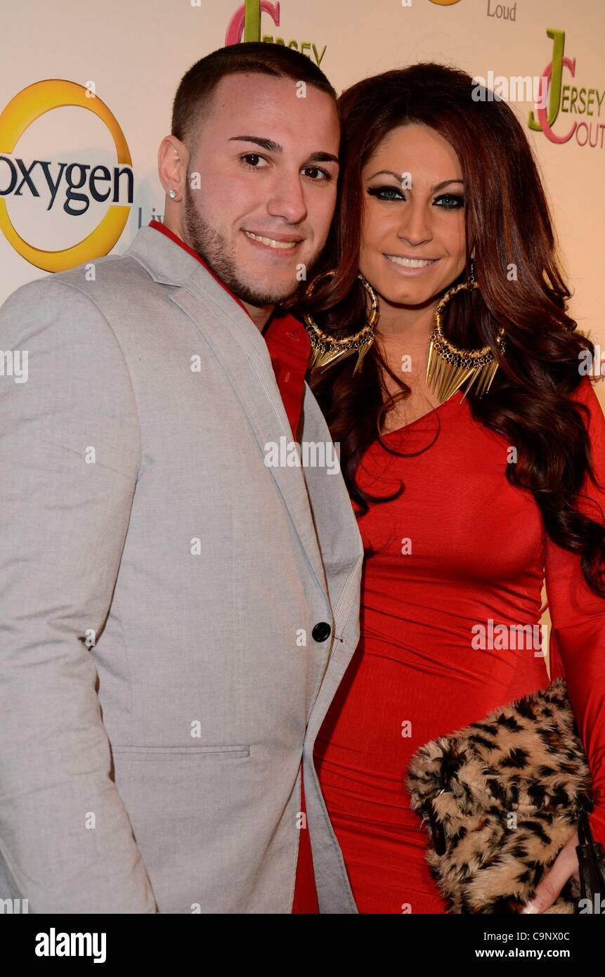 Eps orey; Tracy DiMarco en la terminal de llegadas de Jersey del oxígeno Couture Pop-Up Beauty Bar, 684 Broadway, Imagen De Stock