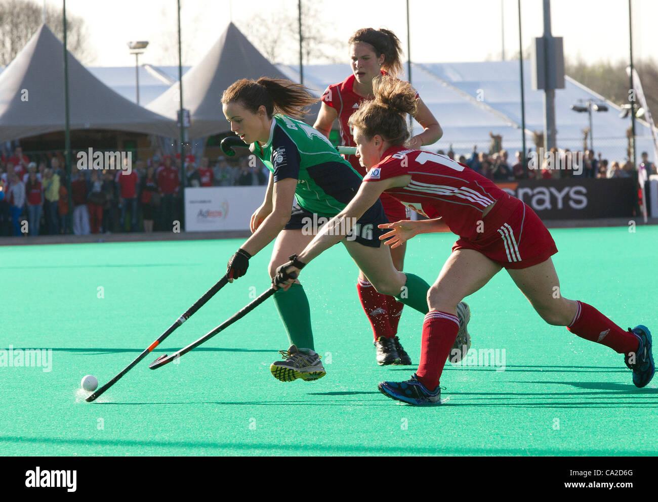 25.03.2012 - Kontich, Bélgica - Ilustra a la final del torneo calificador Olímpico de hockey femenino Imagen De Stock