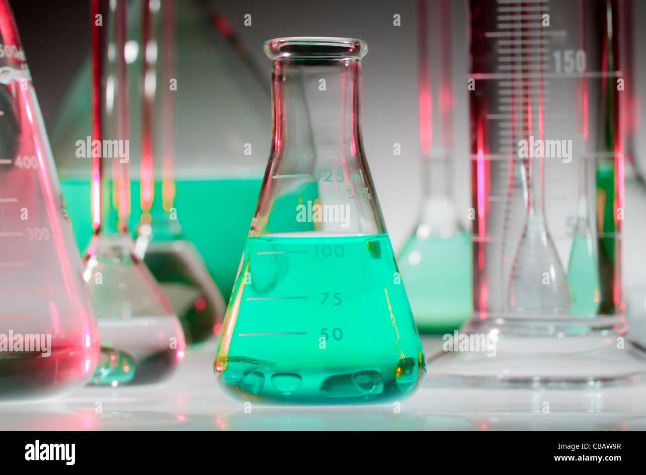 Cristalería químicas Foto de stock