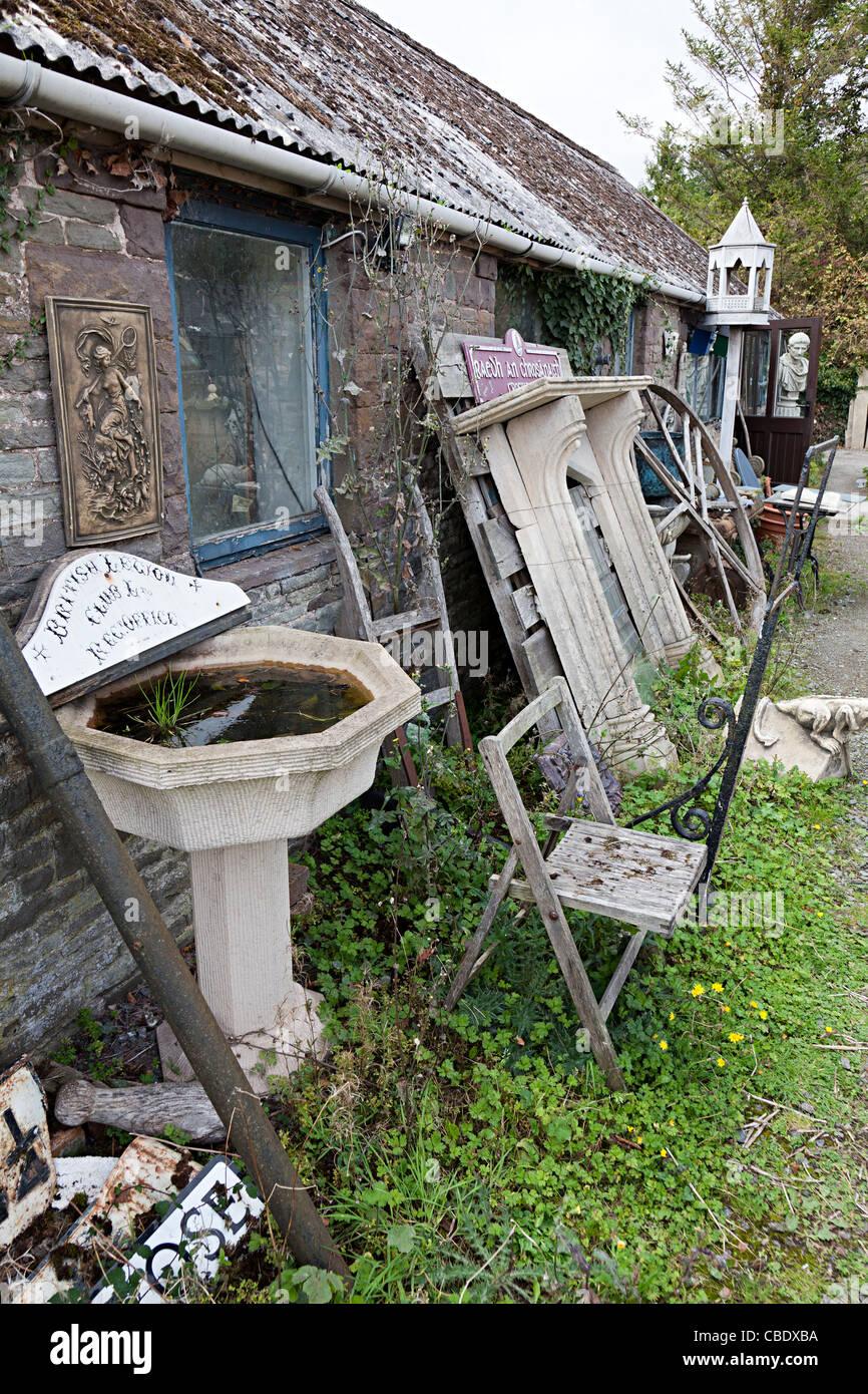 """""""Salvage yard arquitectónico Gales UK Imagen De Stock"""