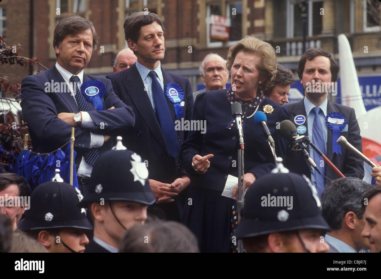 La Sra. Maggie Margaret Thatcher elecciones generales de 1983. Reino Unido . HOMER SYKES Imagen De Stock