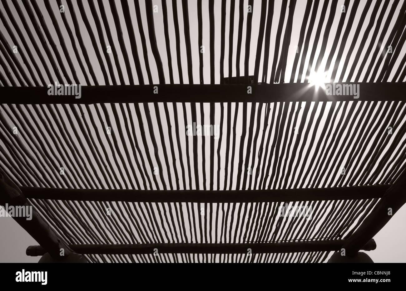 Bush estructura de techo de madera Imagen De Stock