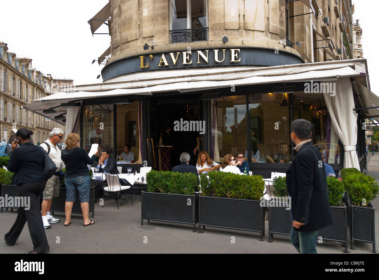 L Avenue Paris Fotos E Imagenes De Stock Alamy