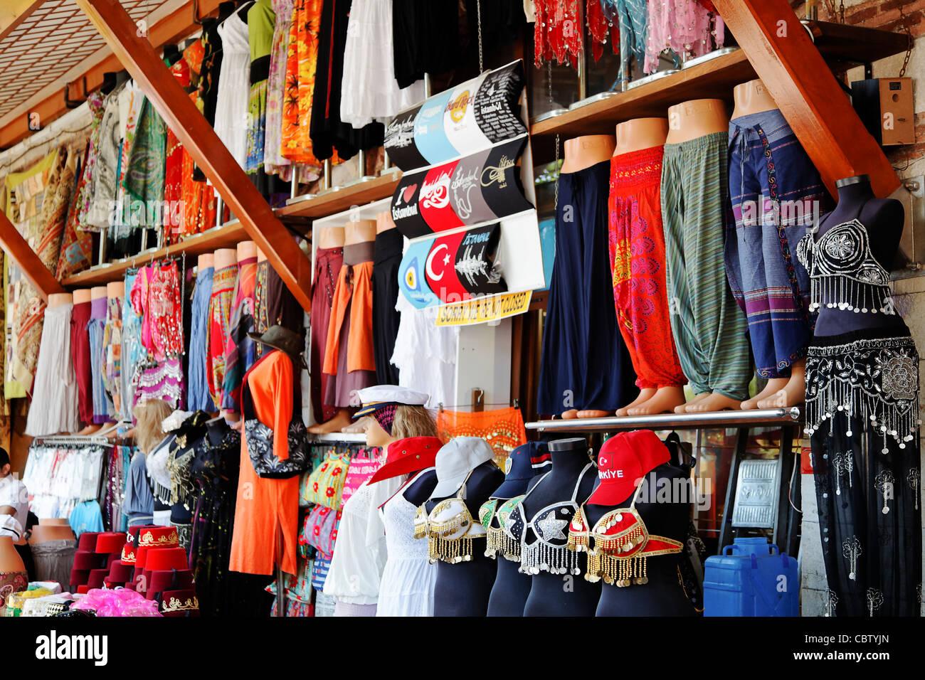 buy popular 16da3 e245f Grande Bazar Estambul Turquía, danza del vientre ropa calada ...
