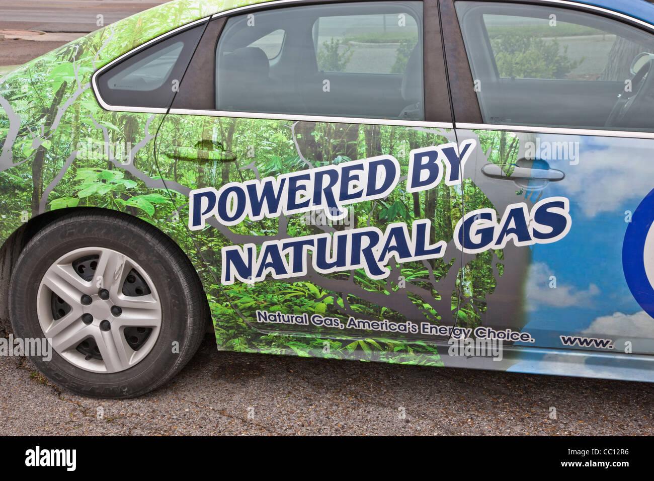 Vehículo de pasajeros alimentado con gas natural. Imagen De Stock