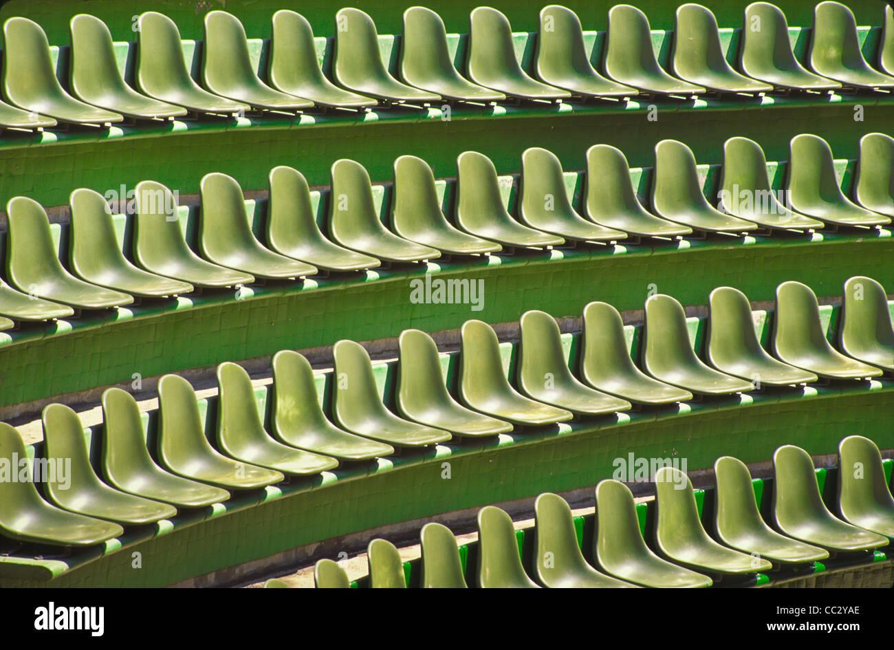 Ixtapa, Guerrero, México, las filas de asientos verde Foto de stock