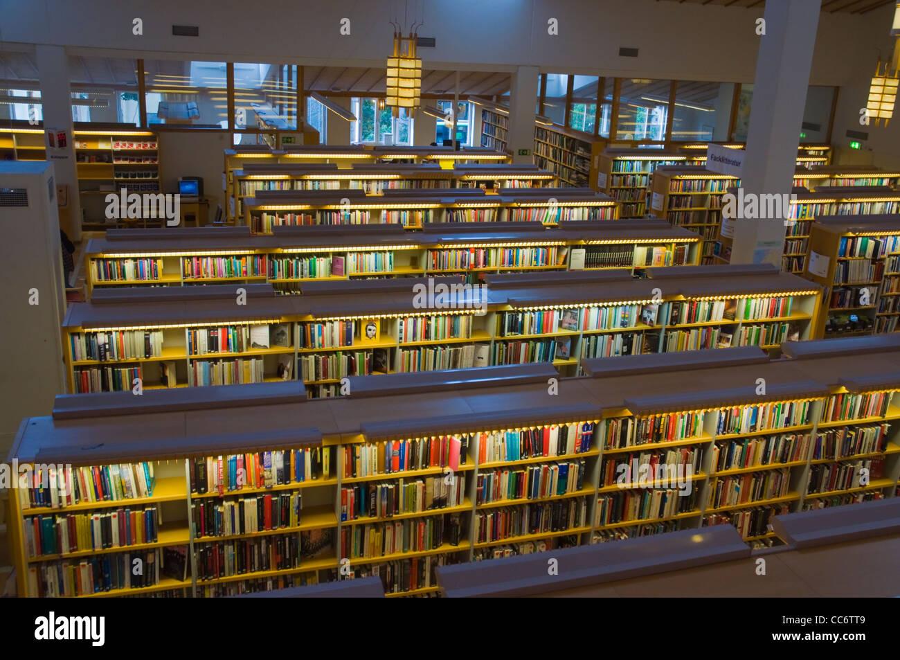 Biblioteca principal de la ciudad de Uppsala Suecia Europa Svealand provincia Foto de stock
