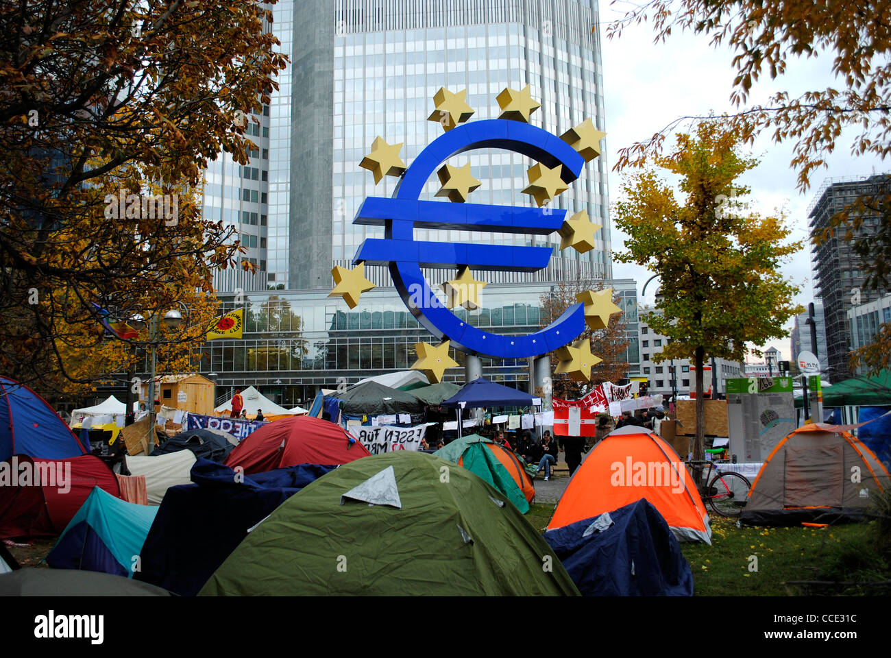 Ocupar Frankfurt camp fuera del Banco Central Europeo, Alemania Foto de stock