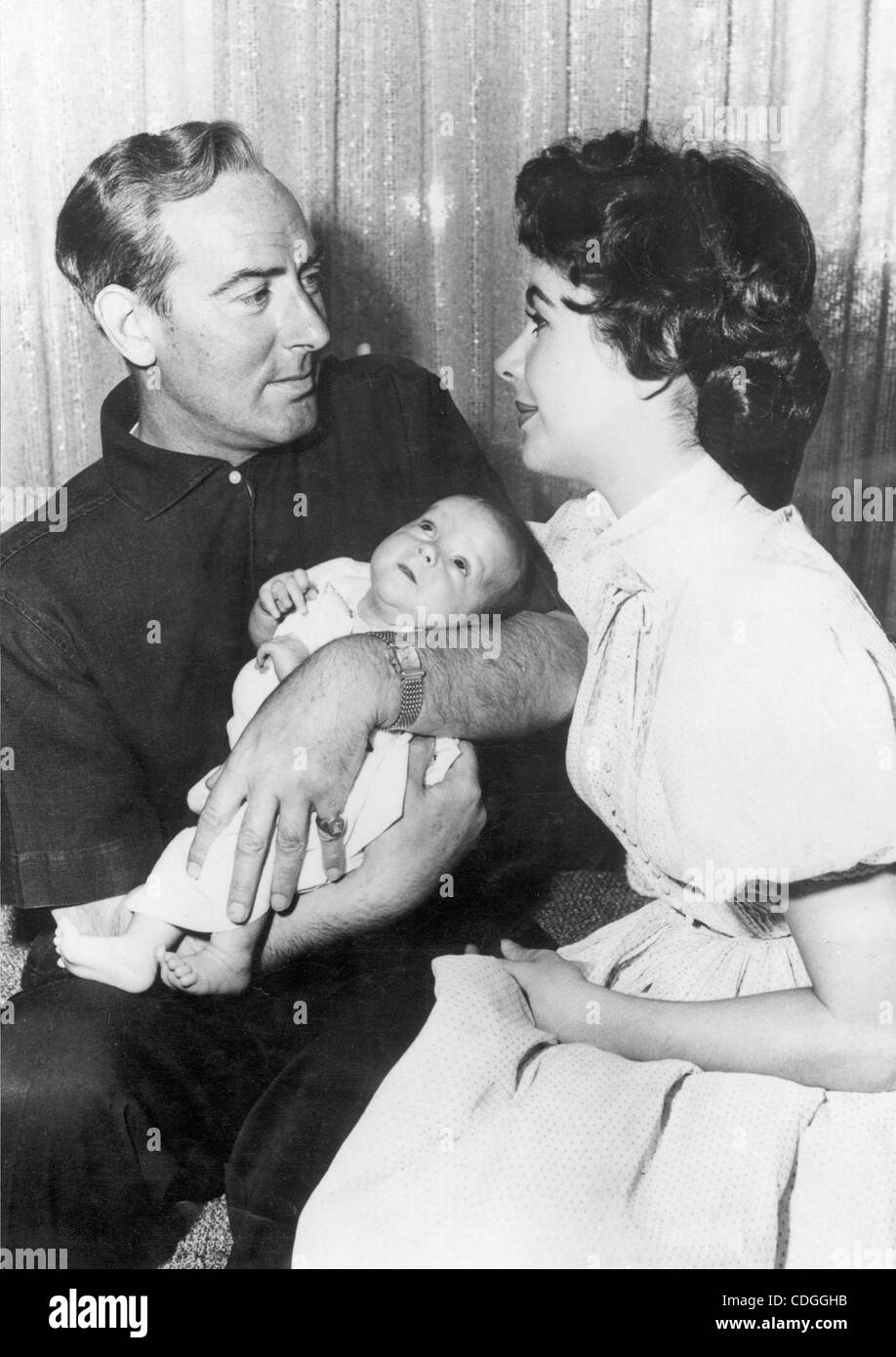 """No.v 13, 1964 - Los Angeles, CA, EE.UU. - La actriz Elizabeth """"LIZ"""" Taylor con su segundo marido, el actor norteamericano Foto de stock"""