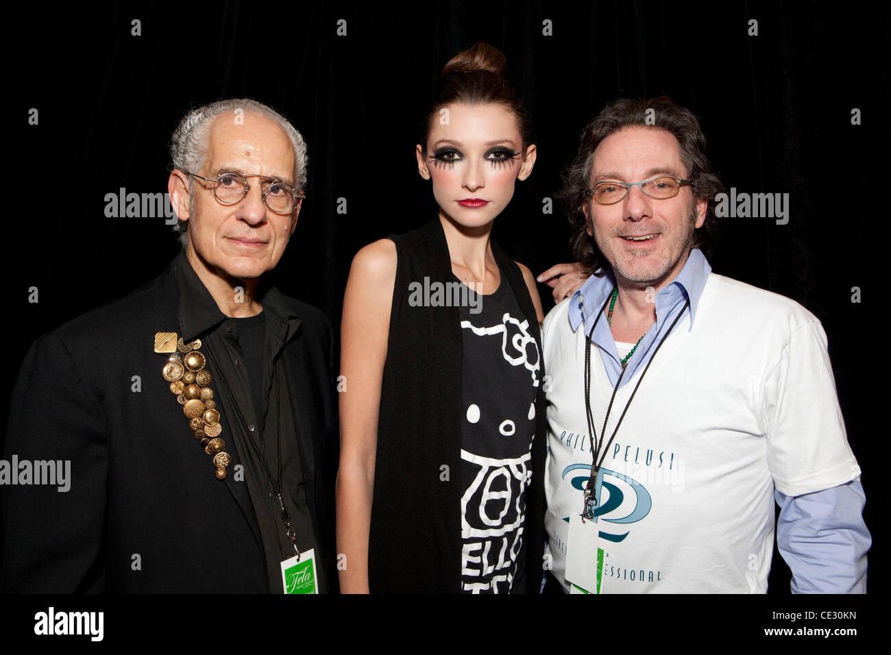 El equipo de diseño de tela Phillip Pelusi (Fundador y CEO) y Jeffrey Reitz ( Director volumétrica) Mercedes Imagen De Stock