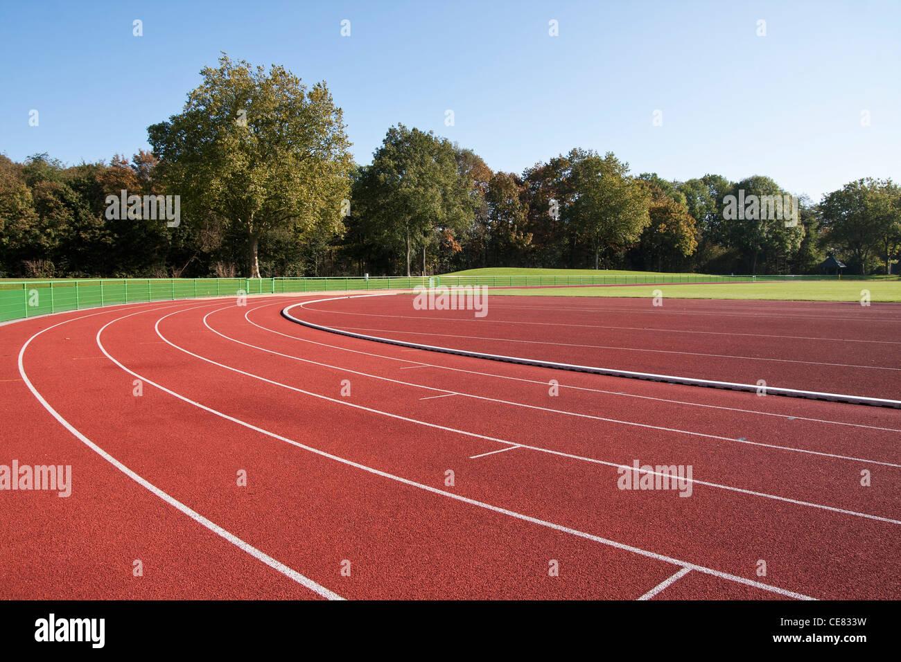 Pista de Atletismo líneas en un día soleado Imagen De Stock