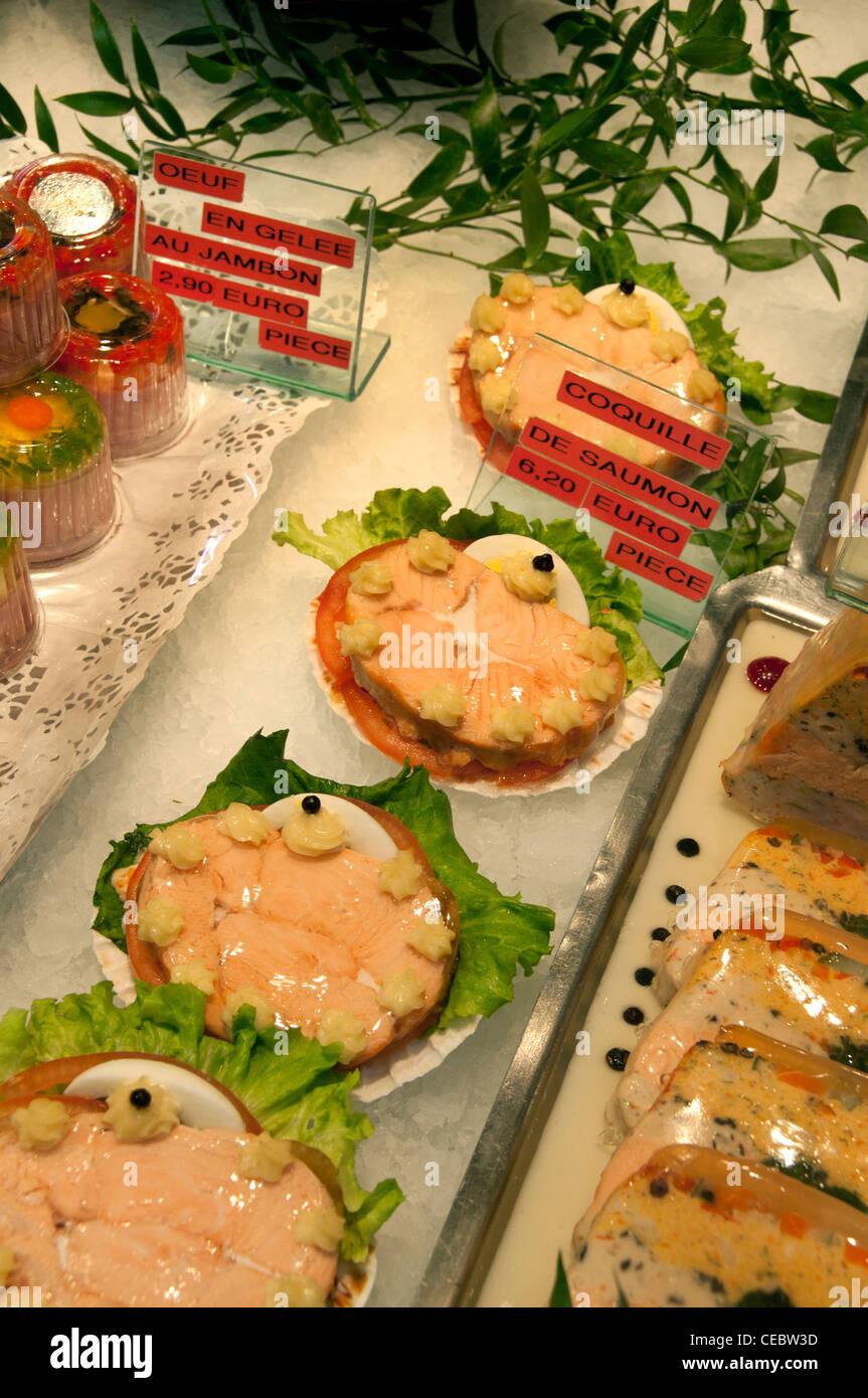 St Germain de Pres delicatessen catering interno París Francia Imagen De Stock