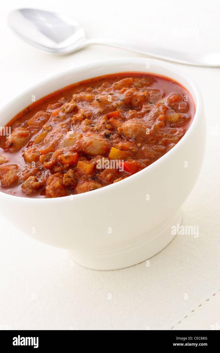 830e6b0bf Chili Beans hecha con habas, magro de ternera picada, chili en polvo, pasta  de tomate y otros deliciosos ingredientes