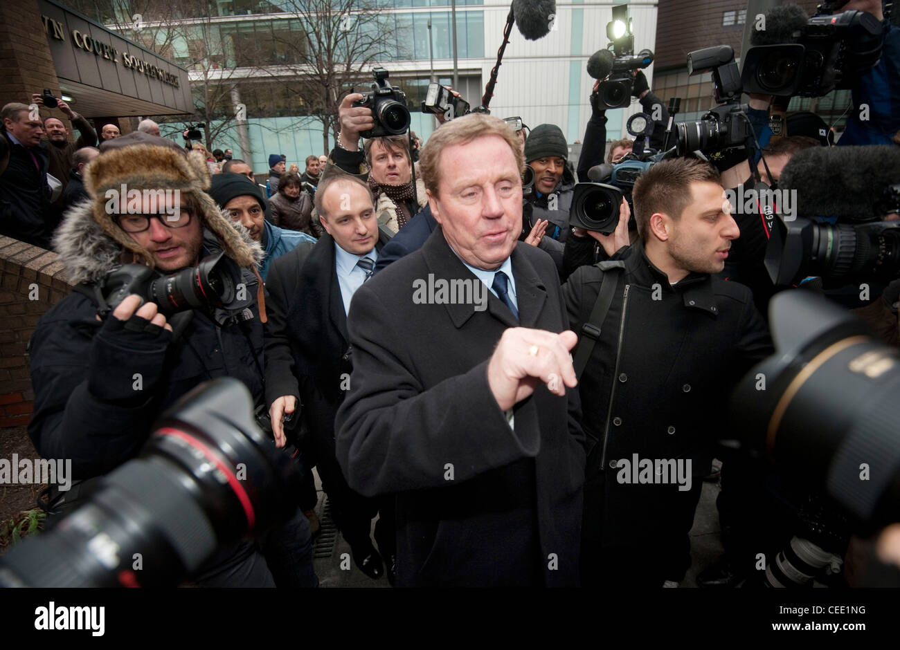 Harry Redknapp tras haber sido borrado por evasión de impuestos dejando de Southwark Crown Court Imagen De Stock