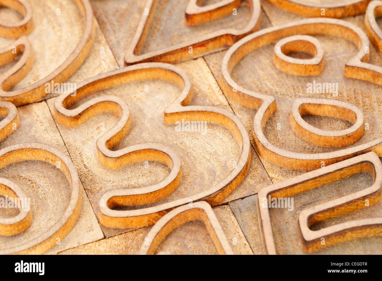 Número Resumen en vintage wood tipografía - esbozó font Imagen De Stock