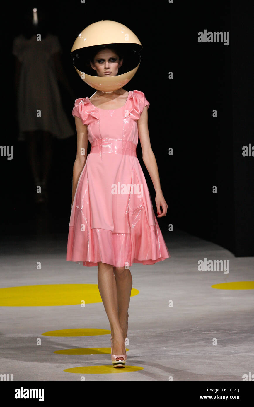 Floaty Summer Dress Imágenes De Stock & Floaty Summer Dress Fotos De ...