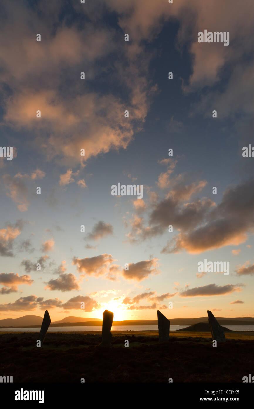 Anillo de Brodgar stone circle al atardecer, Orkney Foto de stock