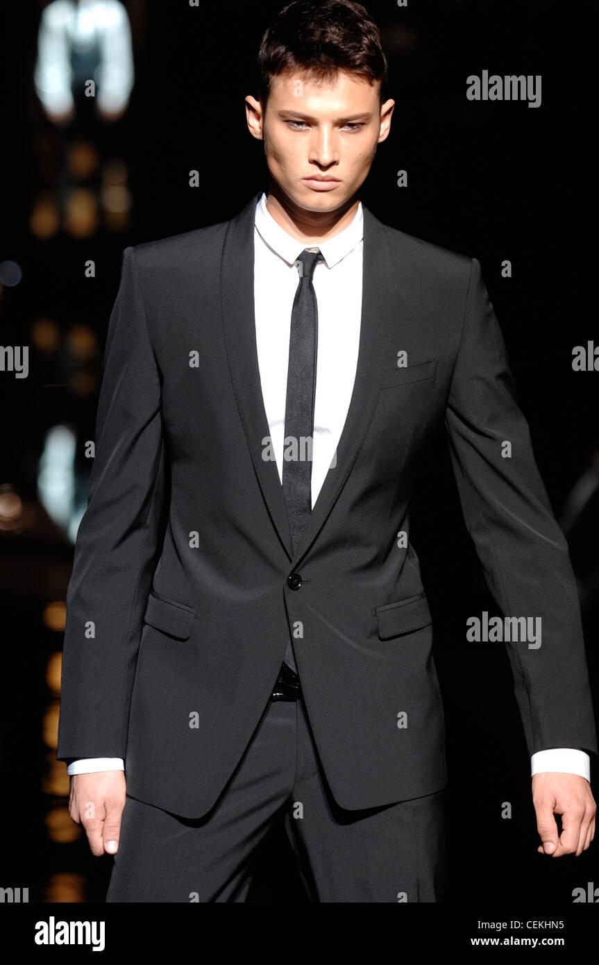 Dolce & Gabbana Milán listo para ponerse ropa de hombre