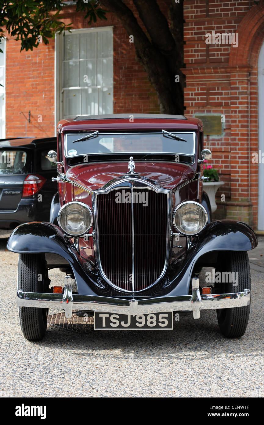 Un antiguo coche sedán Packard 1932 en perfecto orden de trabajo Imagen De Stock