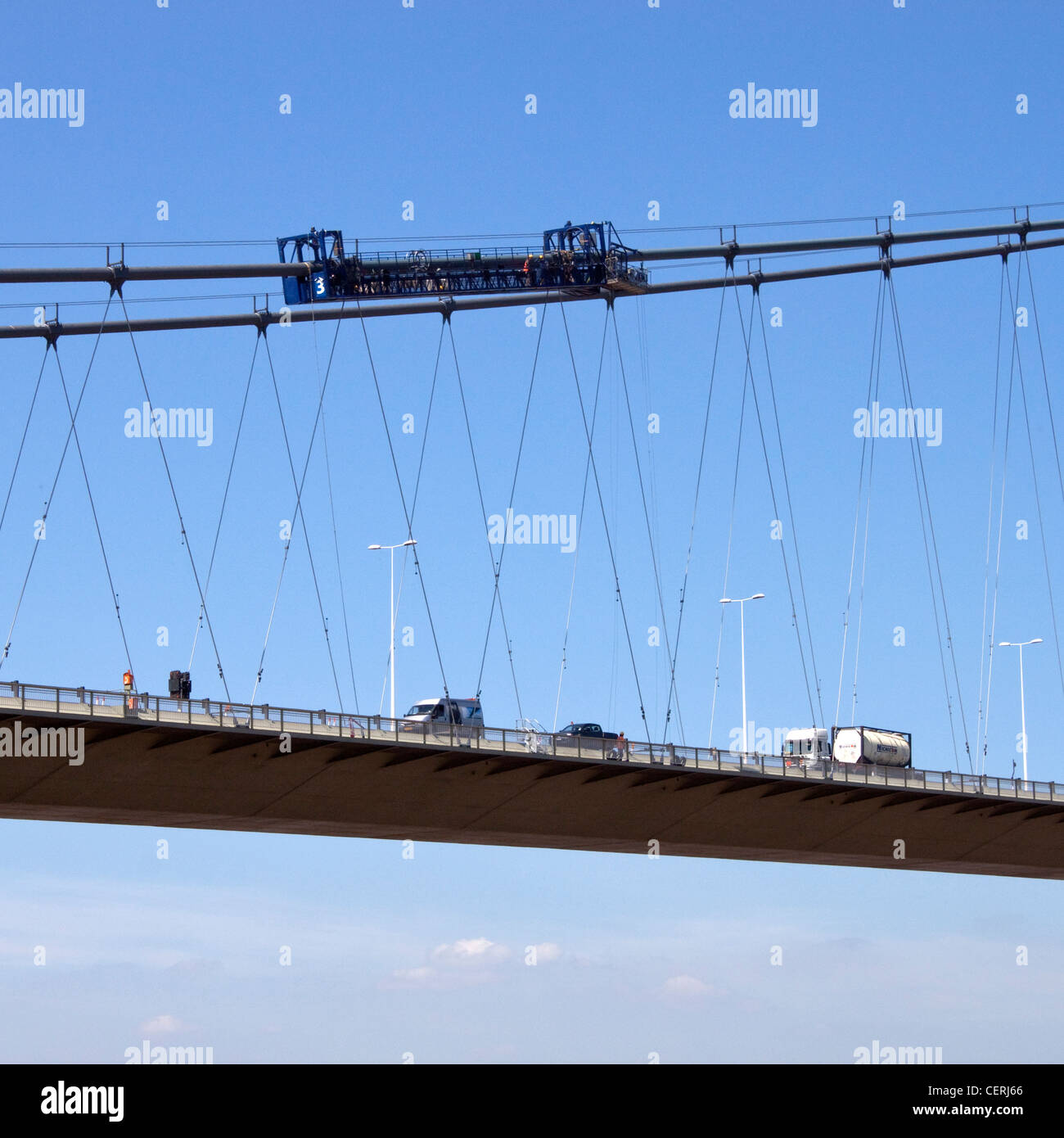 Cuna de inspección suspensión Puente Humber UK Imagen De Stock