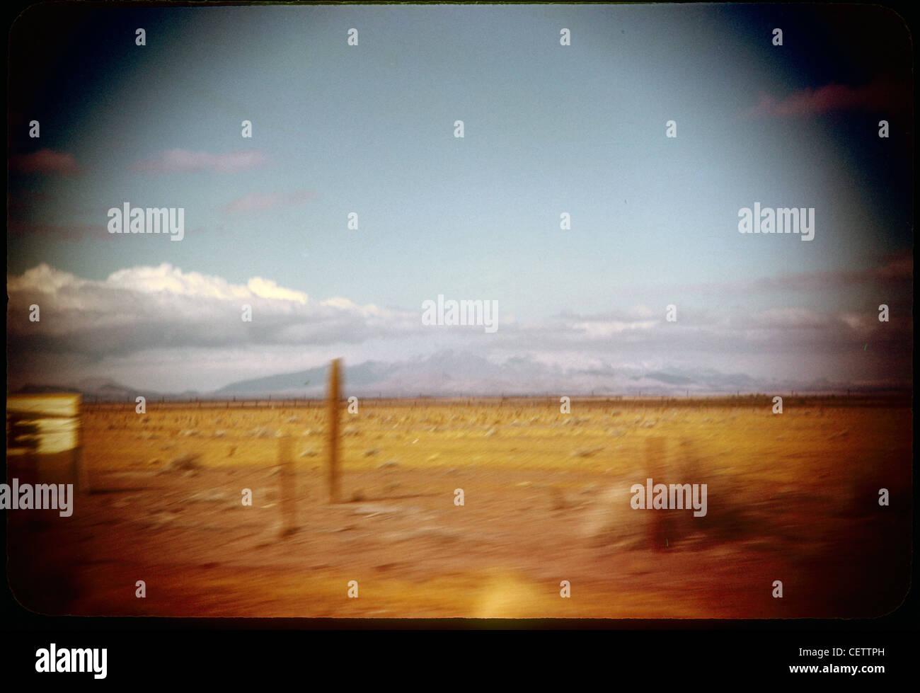 Vista de West Texas paisaje árido seco durante 1965 Road Trip 1960 desierto estadounidense Imagen De Stock