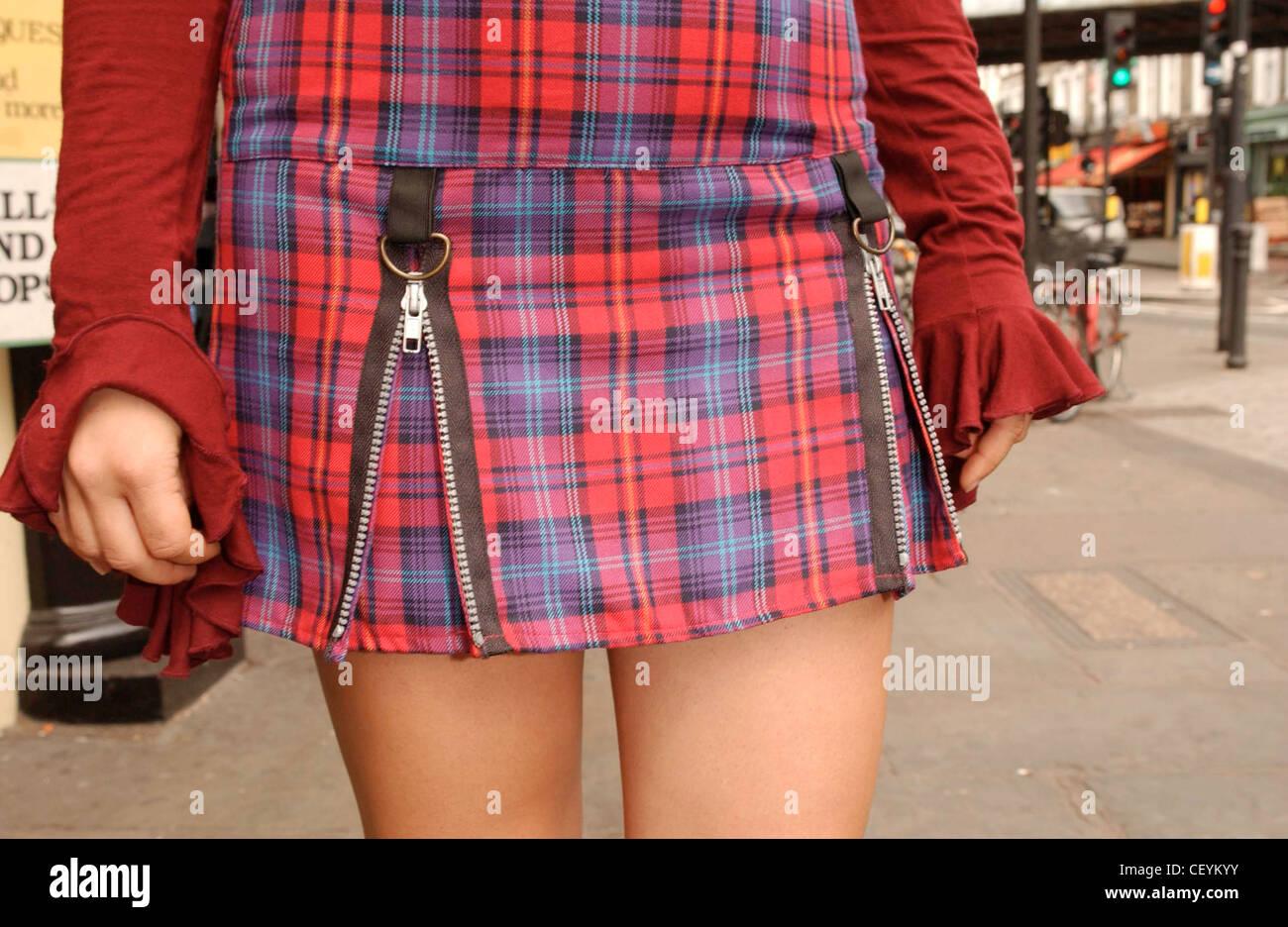 Blue Tartan Skirt Imágenes De Stock & Blue Tartan Skirt Fotos De ...