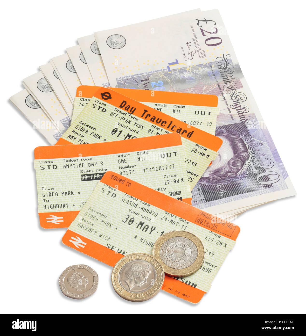 Billetes de tren - espiral de costo del ferrocarril. Foto de stock